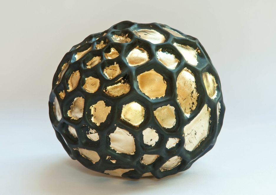 "51 ""Pietra Alveolare"", 2018, Ø 20 cm"